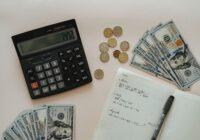 pieniądze, kalkulatro, notatki