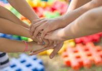 dziecięce ręce